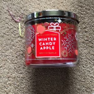 Winter candy apple b&b candle new